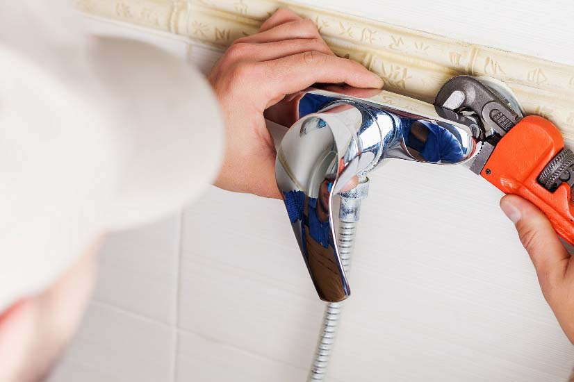 Top 5 Reasons Why People Need to Call a Plumber