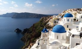 mistakes-most-tourists-make-in-santorini